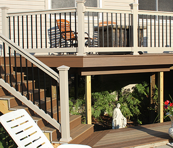"42"" Premium Durables Vinyl Porch and Deck Railing Stair ..."